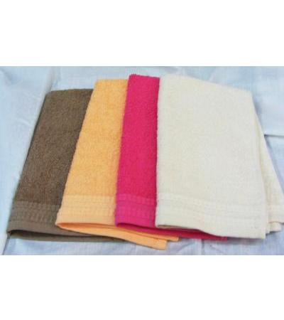 Basic Baby Bath Towels by Pinat Eden